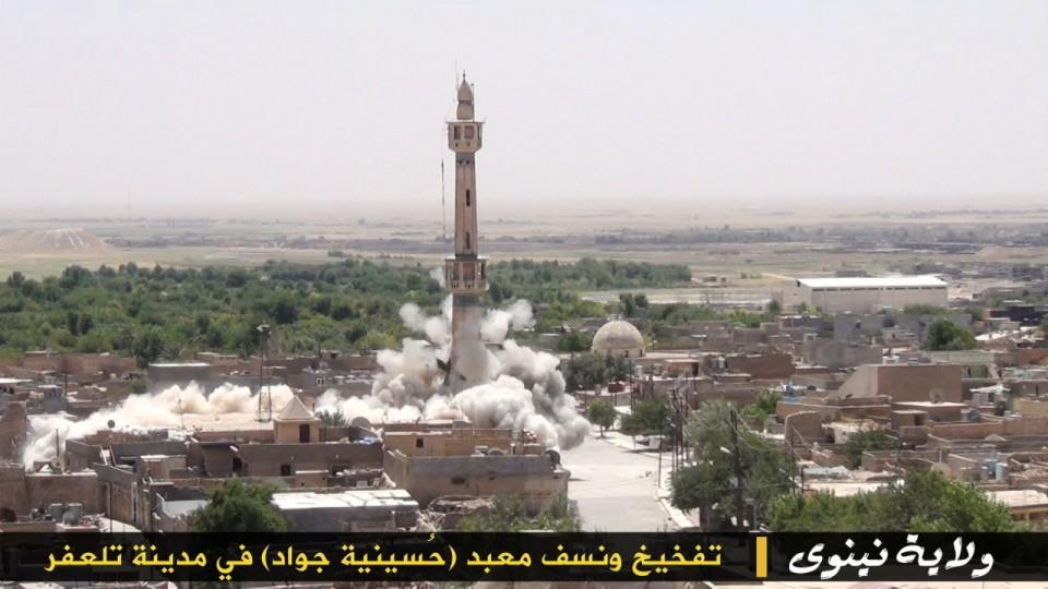 """14_small ИГИЛ разрушает мечети """"неправильных"""" мусульман Ислам"""