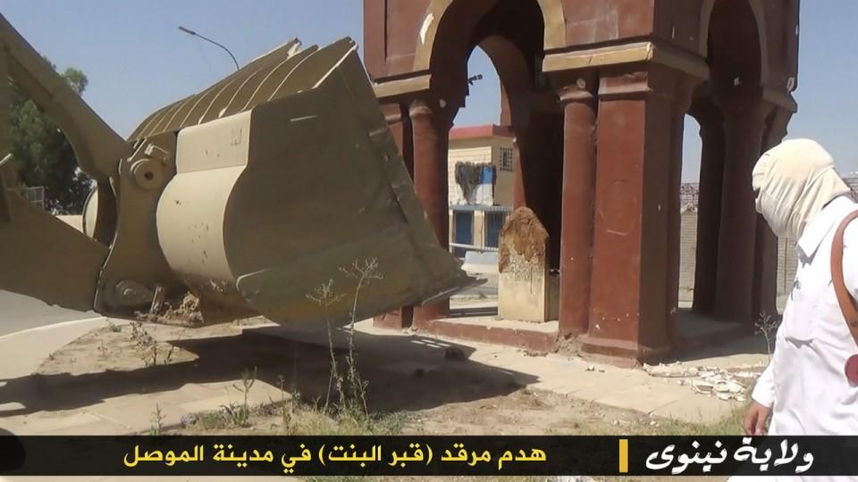 """4_small ИГИЛ разрушает мечети """"неправильных"""" мусульман Ислам"""