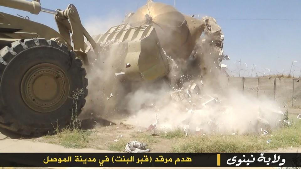 """5_small ИГИЛ разрушает мечети """"неправильных"""" мусульман Ислам"""