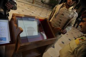American and Iraqi soldiers deliver a replica whale tooth to the Tomb of Jonah, November 30, 2008.