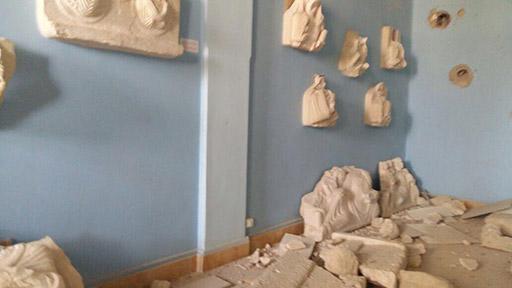 Bust Room (3)